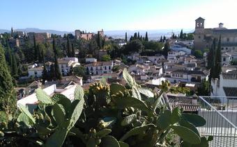 Arabska dzielnica u podnóża Alhambry