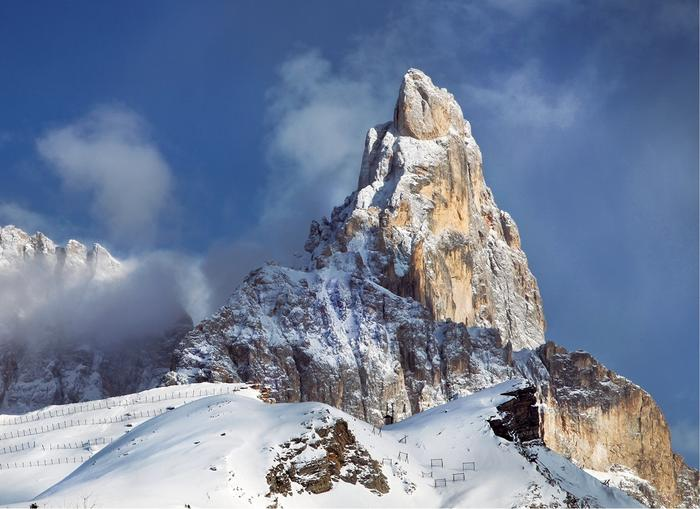 W masywie Pale di San Martino najbardziej przyciąga uwagę Cimon della Pala