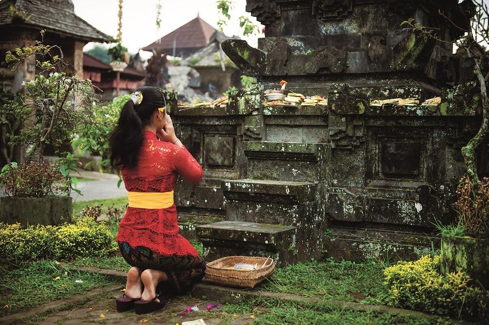 Dzień poprzedzający Nyepi to także czas modlitwy